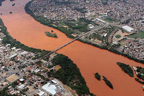Pesquisa: águas subterrâneas da bacia do Rio Doce estão contaminadas