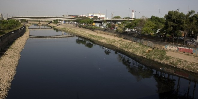 Pesquisa diz que 68% da população paulistana contribuiriam para a despoluição do Rio Tietê