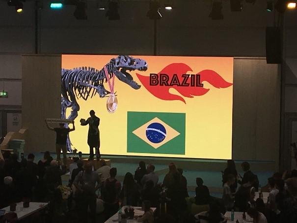 Brasil ganha 'Fóssil do Dia' na COP 23