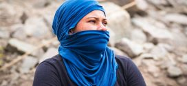 Fotógrafo apresenta a dura realidade das Mulheres de Pedra