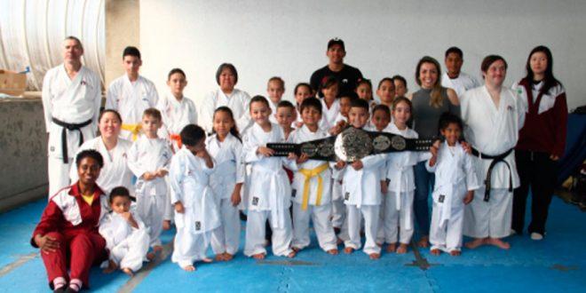 Terceira etapa do Projeto Karate-Do Kids chega ao fim beneficiando 100 crianças da periferia de SP