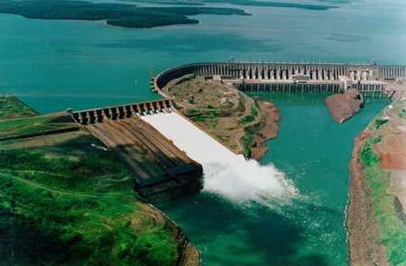 Itaipu tem melhor novembro da história em produção de energia