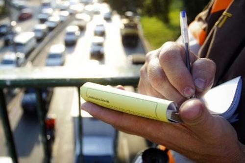 MP quer proibir governo de SP de movimentar recursos de multas de trânsito