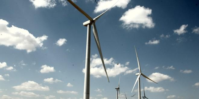 Aprovado projeto que garante recursos da indústria do petróleo para pesquisa em energia limpa