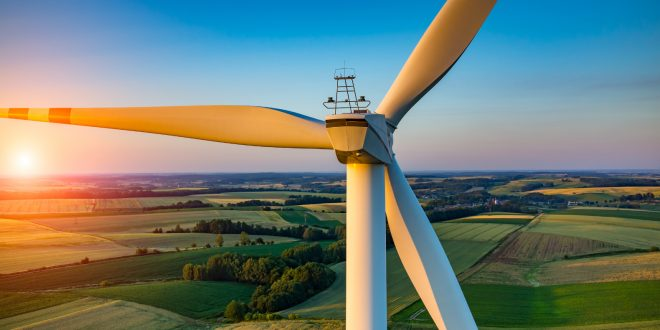 Mercado livre de energia: fontes limpas retomam competitividade em setembro