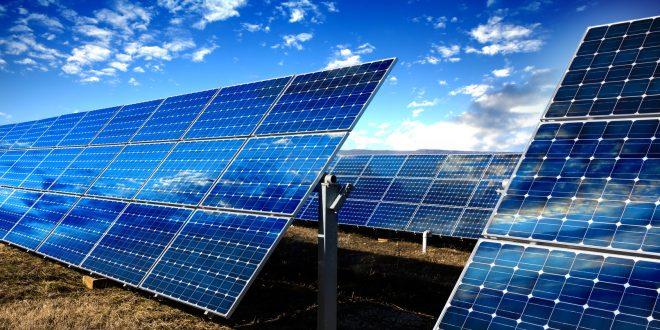 ABSOLAR e Abraceel debatem futuro da energia solar fotovoltaica no mercado livre