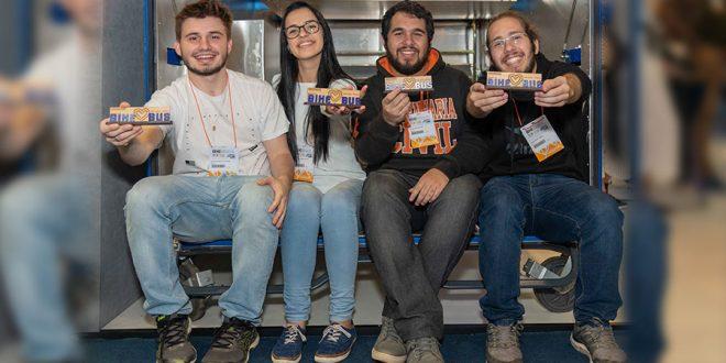 Estudantes criam solução para transporte de bicicletas em ônibus