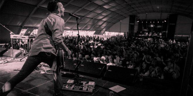 "Deaf Havana estreia vídeo para ""Worship"""