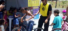 Aromeiazero convida voluntários para evento com crianças, bicicletas e artes na Favela do Sapo
